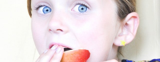 How to Get your Kids to Eat their Fruits & Veggies!