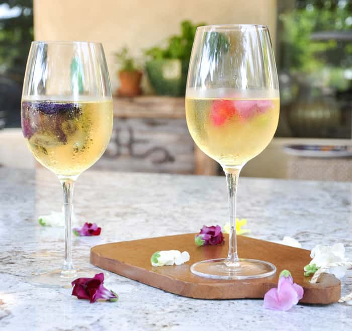 Floral Wine Ice.  Great idea for keeping your whites extra cold in the summer!