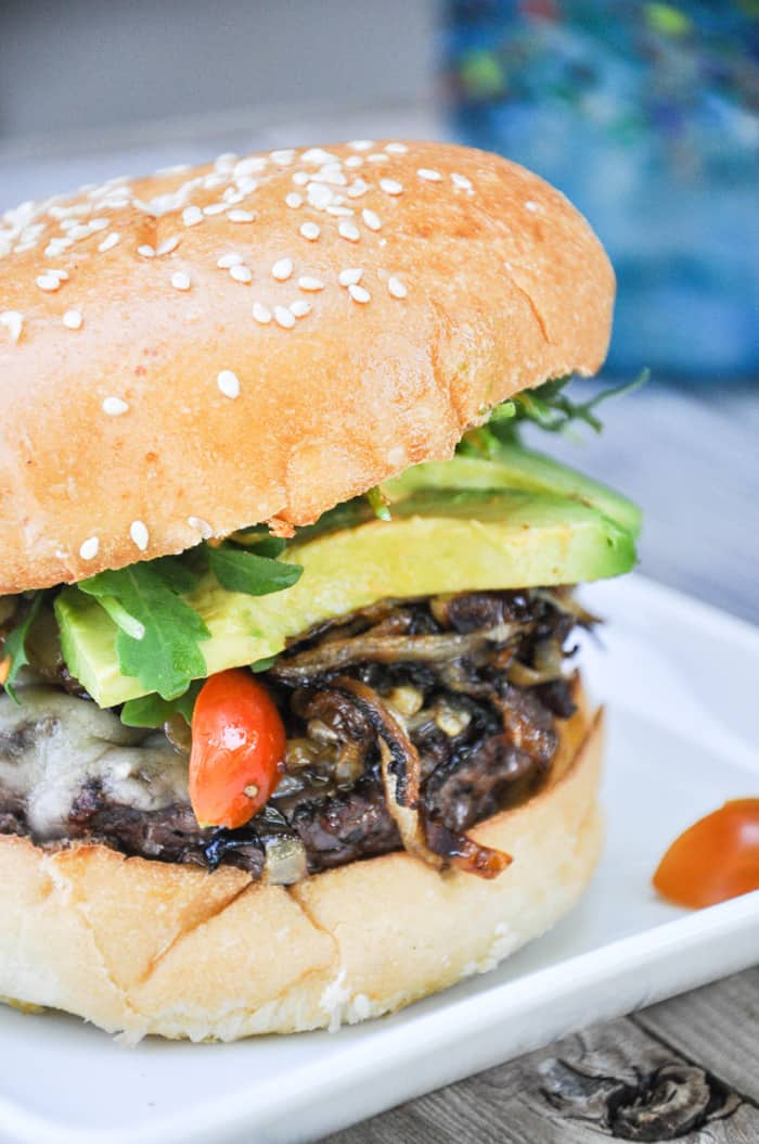 California Classic Burger featuring Harris Ranch Beef