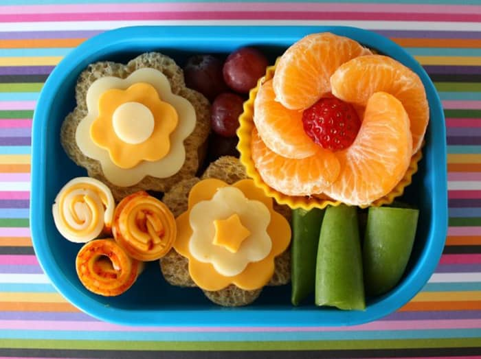 10 fun and nutritous snacks to pack in your kid's lunch box!