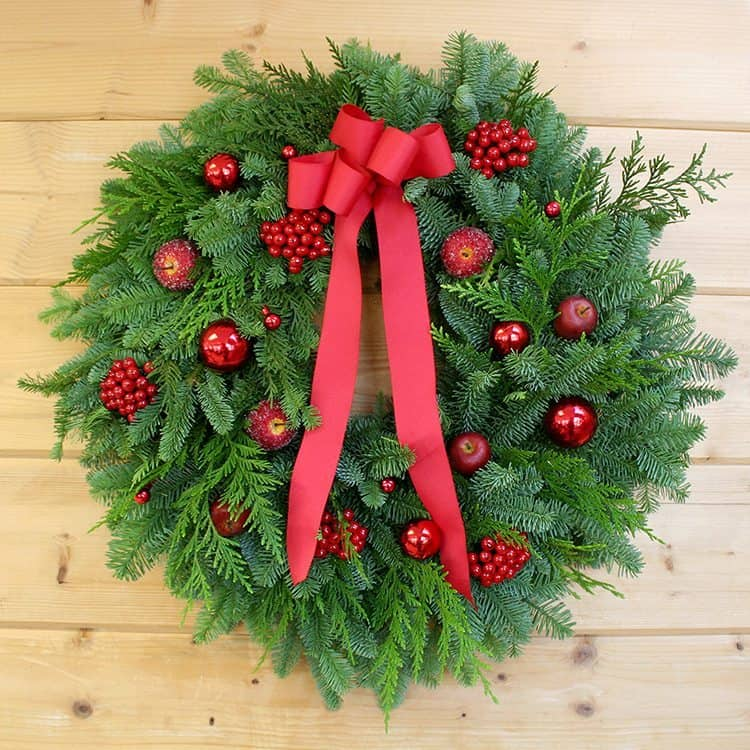 red-berry-and-fruit-wreath-lg