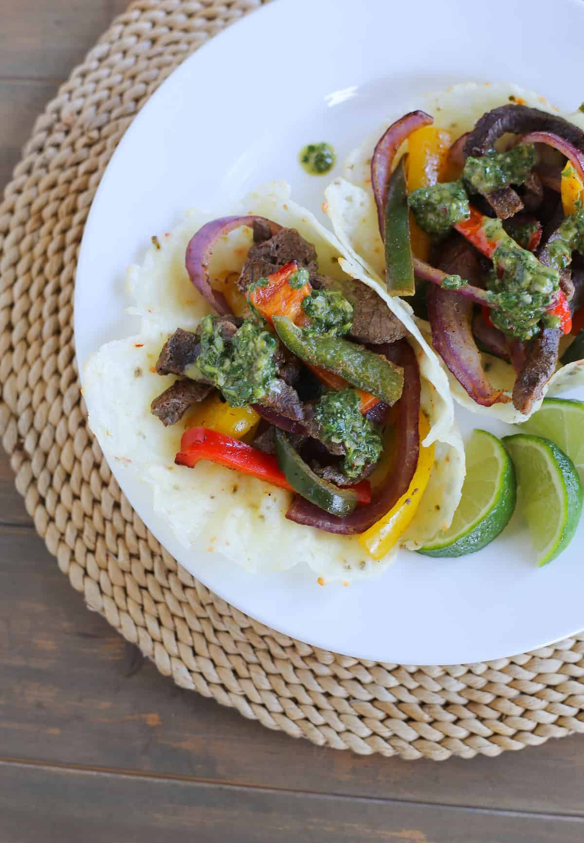 LOW CARB STEAK AND VEGGIE FAJITAS IN SPICY CHEESE BOWLS