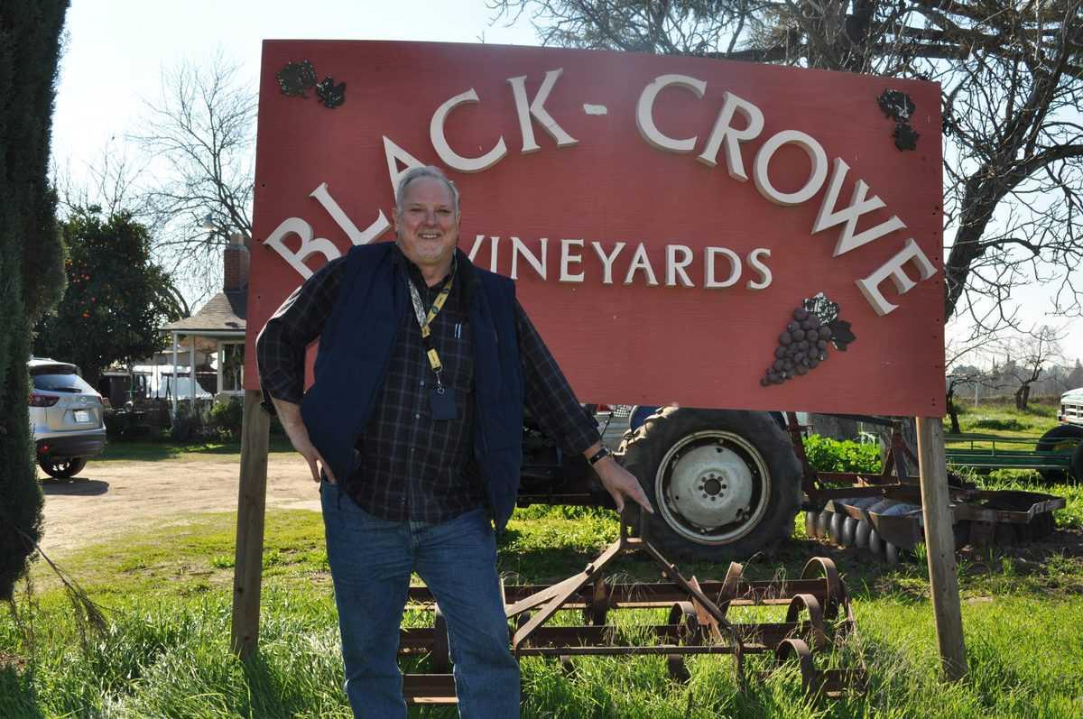 Meet a California Raisin Farmer: Richard Crowe of Black Crowe Vineyards