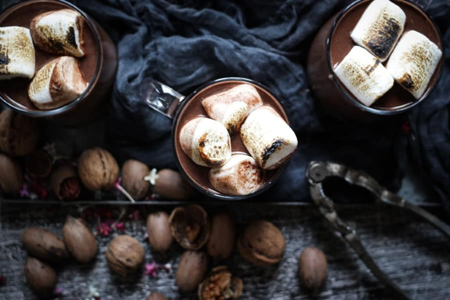 red wine hot chocolate with walnuts