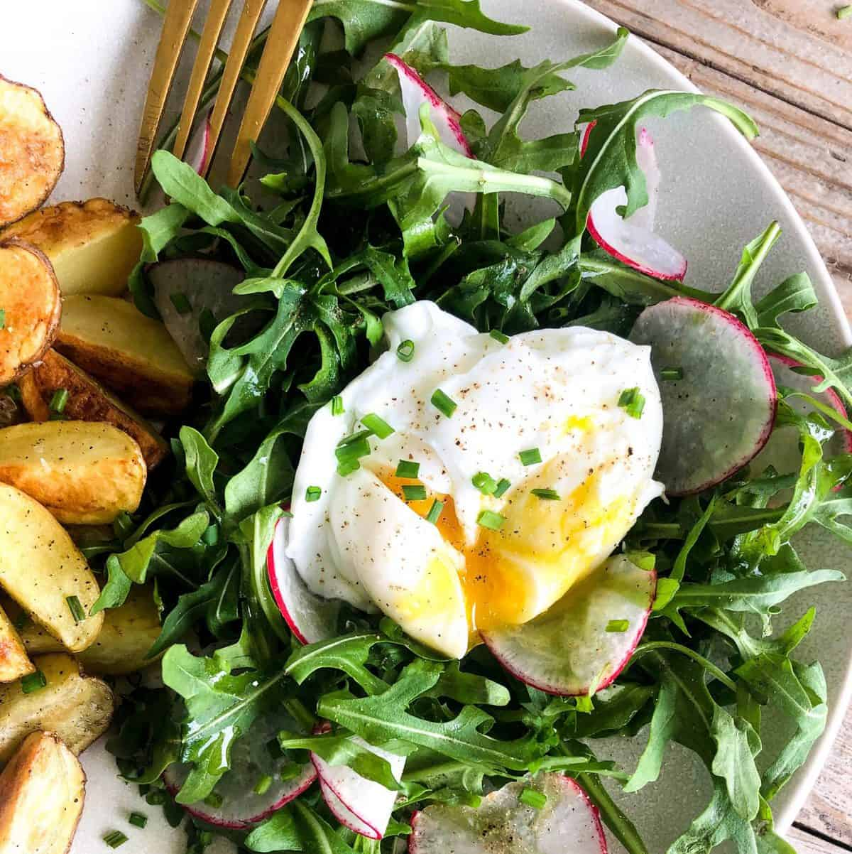 California Leafy greens - Arugula Salad with poached egg