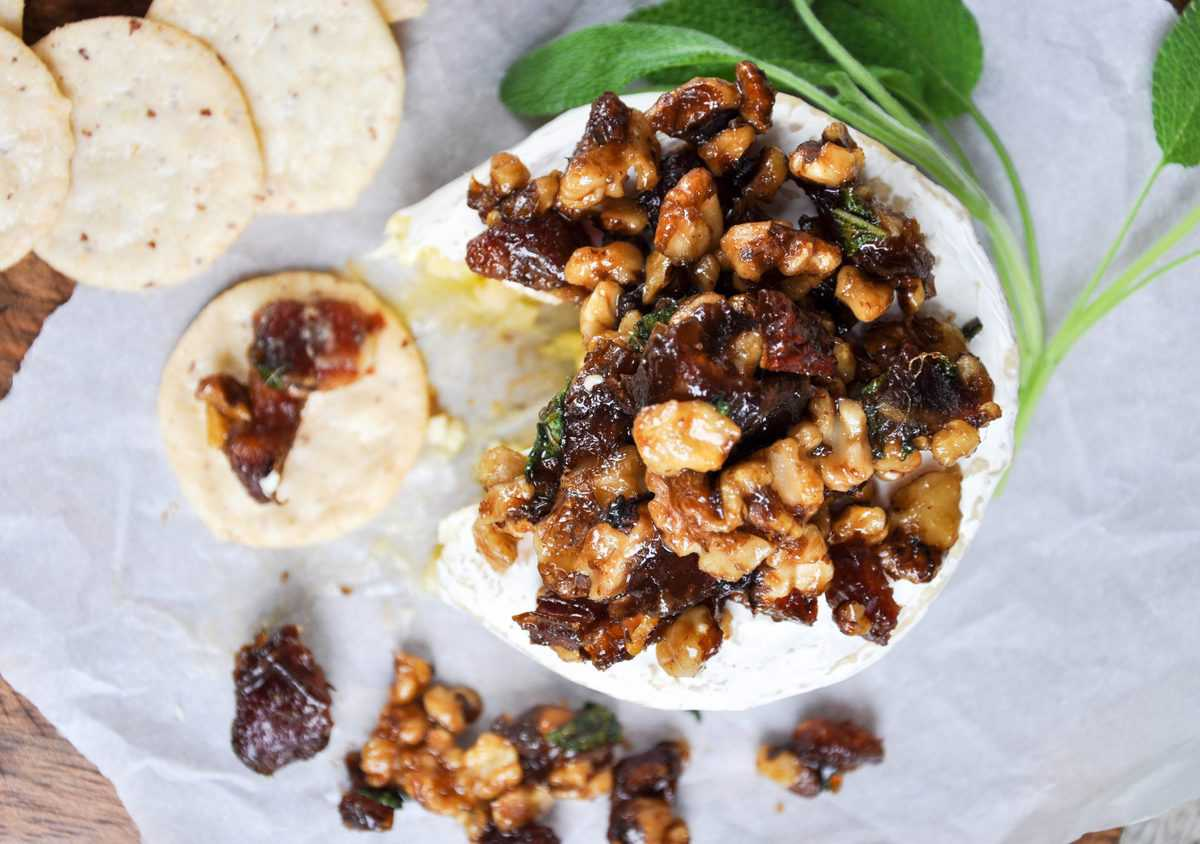 Walnut Recipe Round Up Baked Cheese