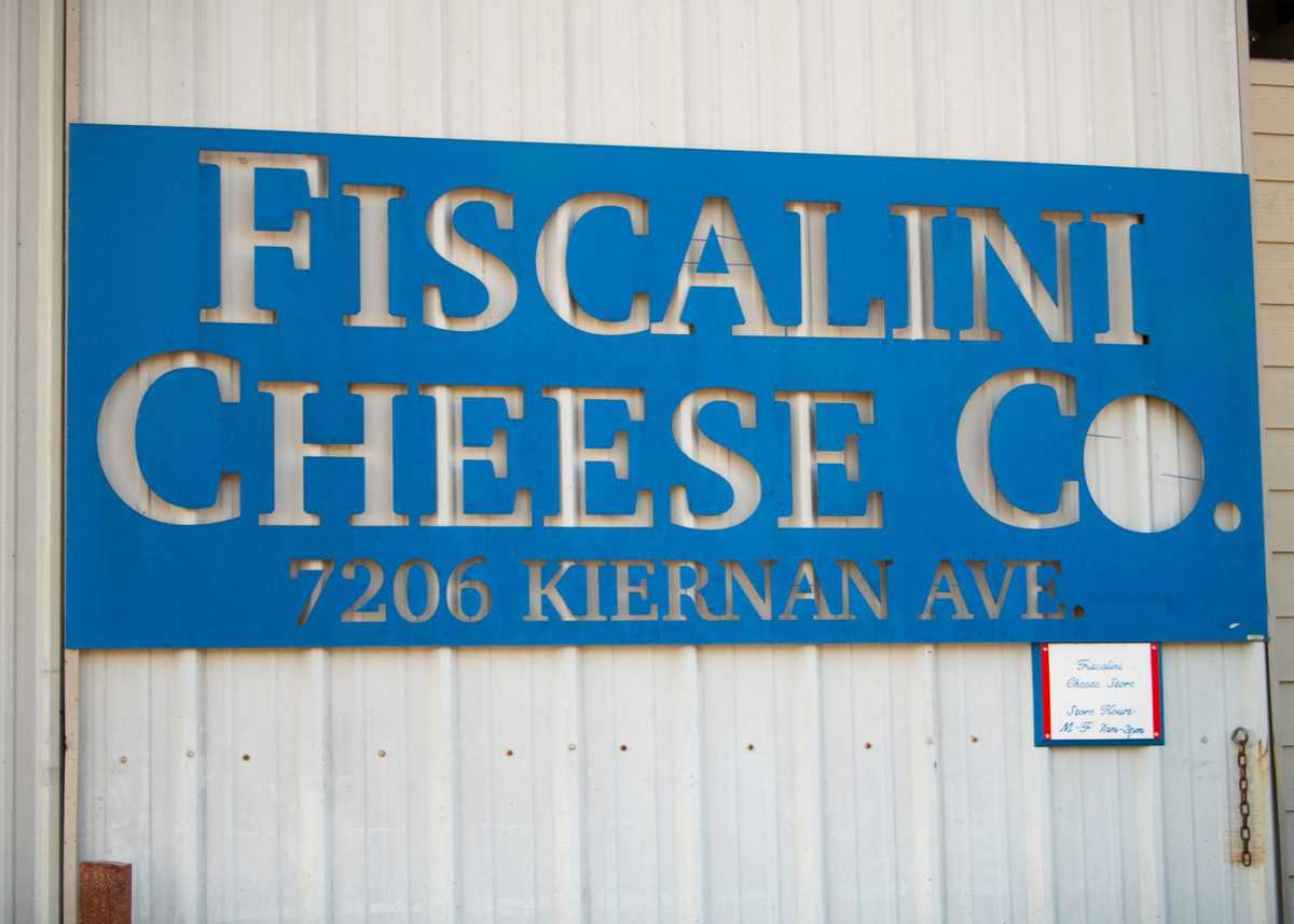 Fiscalini Cheese Sign